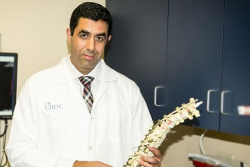 Dr. Afshin Aminian, spine specialist