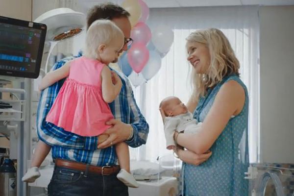 Katie and Jason Gladding with daughter Klara and baby Nathan in CHOC Childnre's NICU.