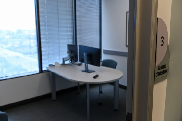 genetic counseling room at fetal care center of southern california
